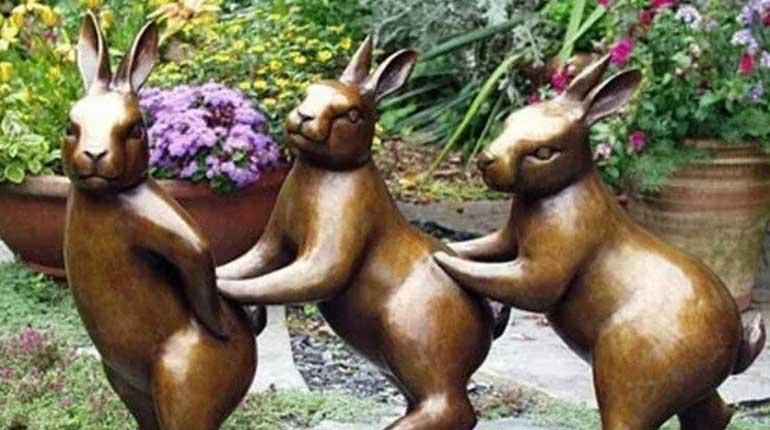 Bronze Animal Sculpture Metal Rabbit Sculpture