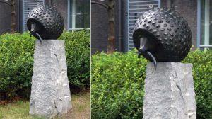 bonnie sculpture-Bronze Hedgehog Sculpture770x430