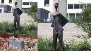bonnie sculpture-Bronze Maiden Sculpture770x430