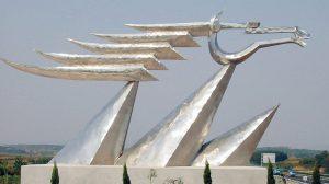 bonnie sculpture-Metal Sculpture Stainless Steel Abstract Sculpture Horse Sculpture770x430