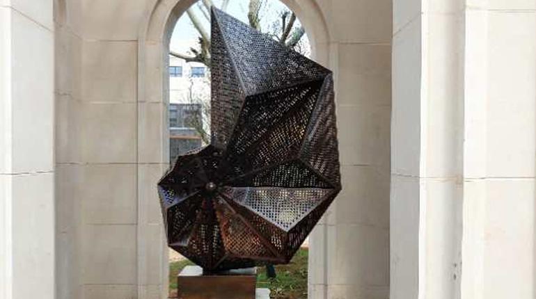 bonnie sculpture-Modern Metal Sculpture Wrought Copper Sculpture Space Sculpture770x430