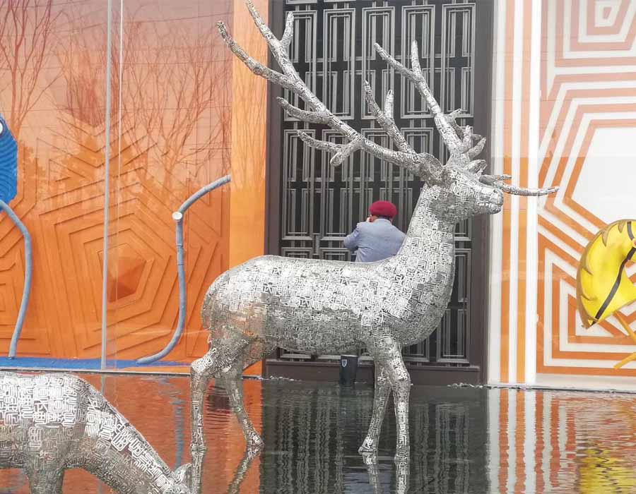 bonnie sculpture-Stainless Steel Animal Sculpture Hollow Out Metal Deer Sculpture