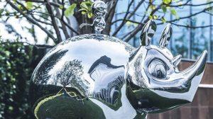 bonnie sculpture-Stainless Steel Animal Sculpture Metal Rhino and Bird Sculpture 770x430