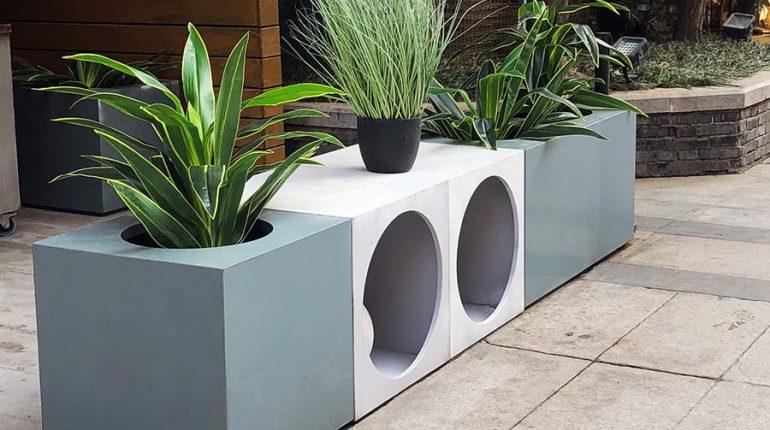 bonnie sculpture-Stainless Steel Flower Pot2-900x700