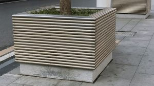 bonnie sculpture-Stainless Steel Flower Pot3-770x430