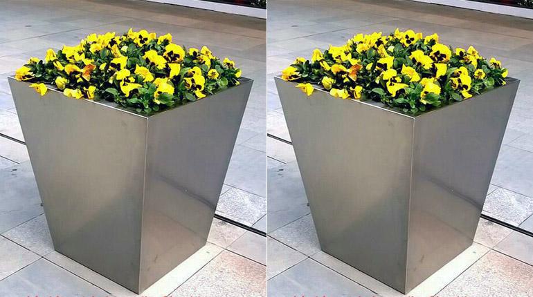 bonnie sculpture-Stainless Steel Flower Pot6-770x430