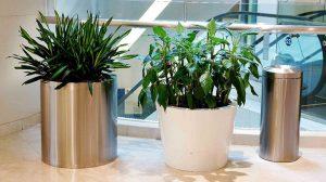 bonnie sculpture-Stainless Steel Flower Pot7-770x430