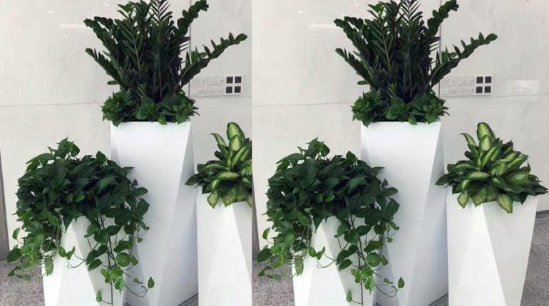 bonnie sculpture-Stainless Steel Flower Pot9-900x700